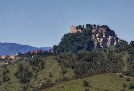 Tappa N.4 : da Reggio Emilia al Castello di Canossa (26.7 KM)